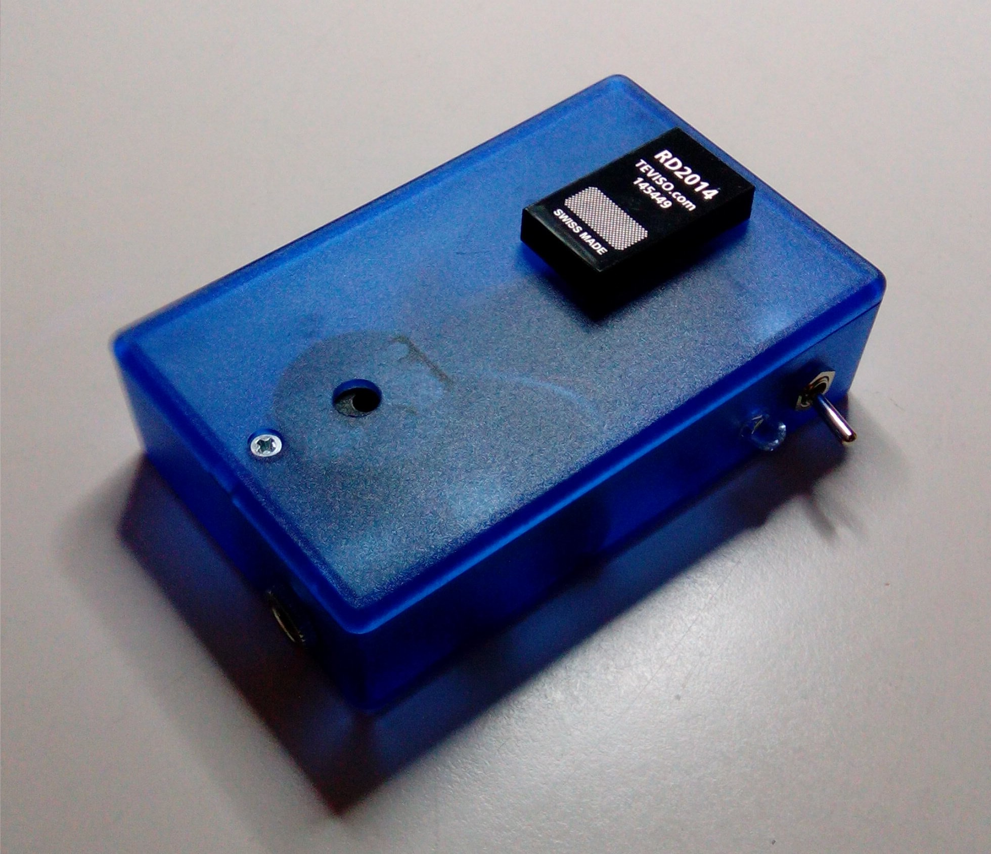 Portable Radiation Detector Physicsopenlab 4 Pin Diode Wiring Diagram The Solid State Is Based On A P Type Intrinsic N Which With Wide Region Of Semiconductor Material